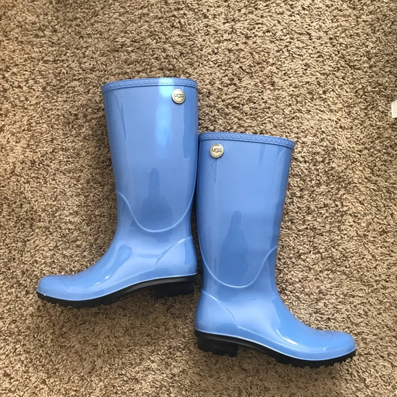 factory outlets save up to 60% outstanding features 🔥 SALE🔥 Ugg rain boots size 7